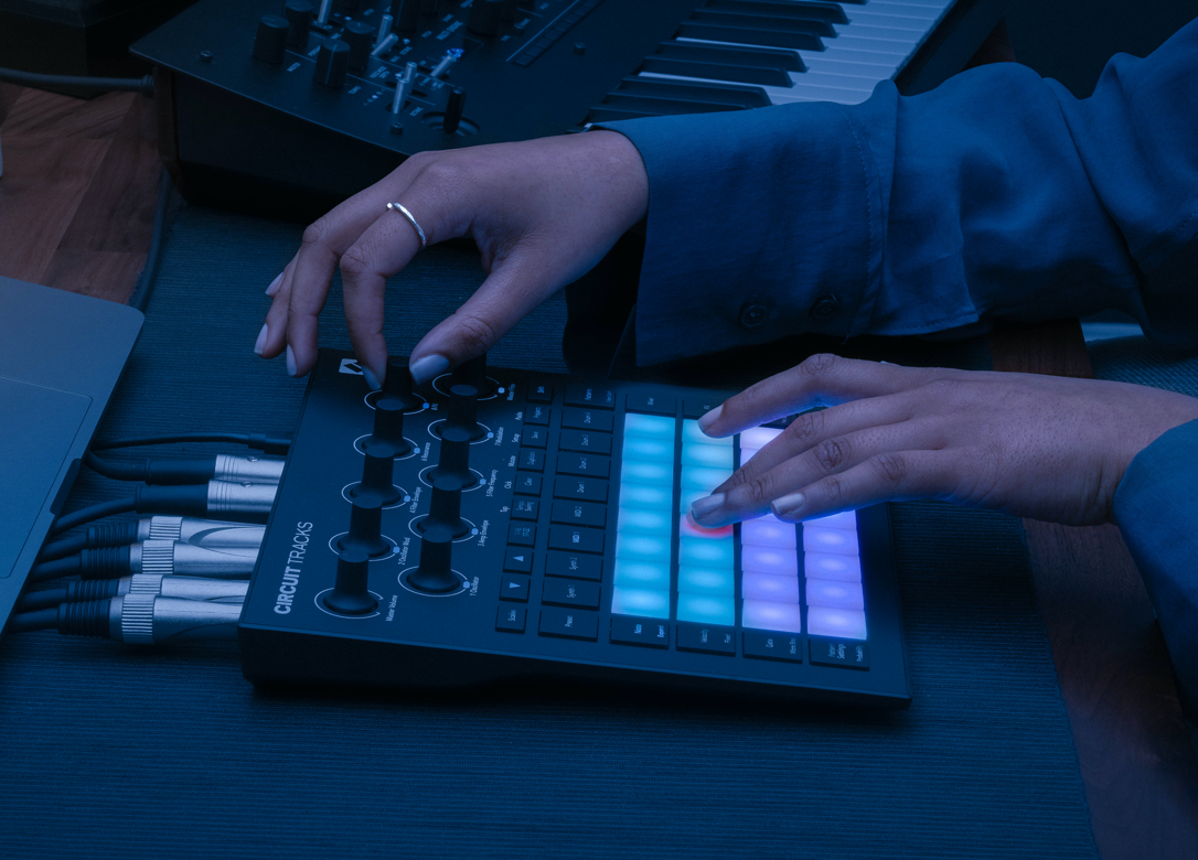 Novation Circuit tracks Pads Grid