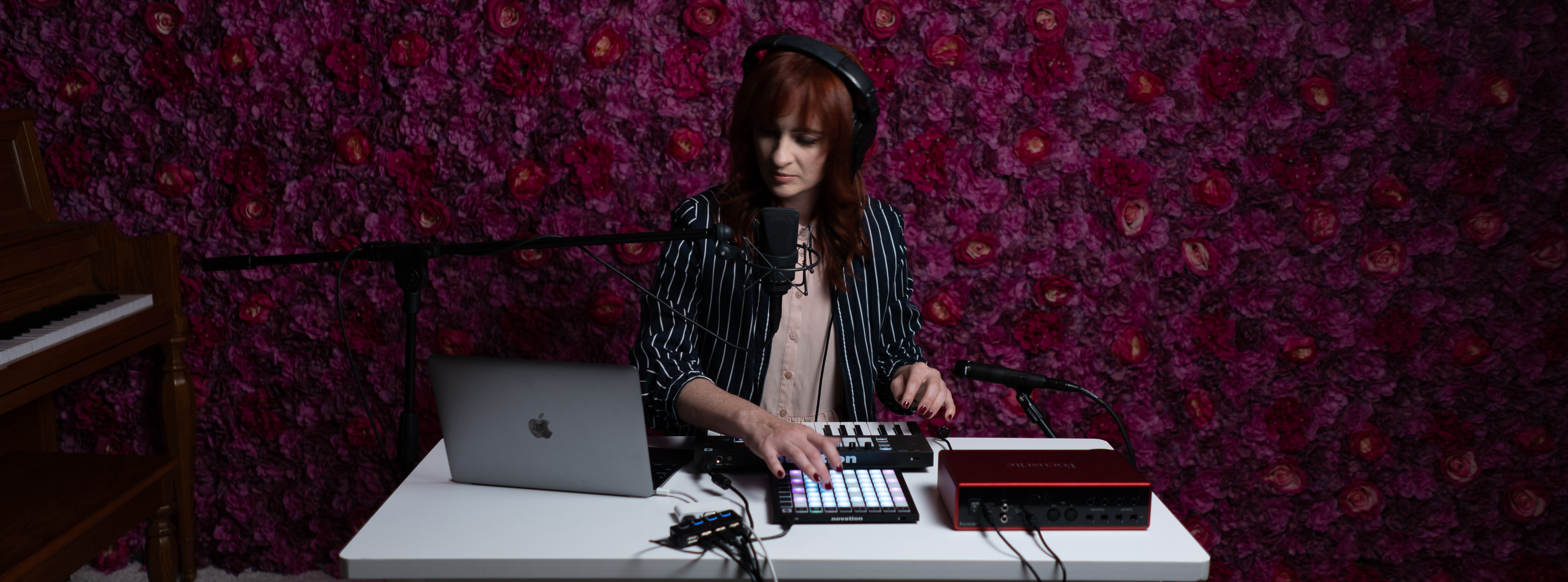 Jess Godwin: A Backing Band at Your Fingertips